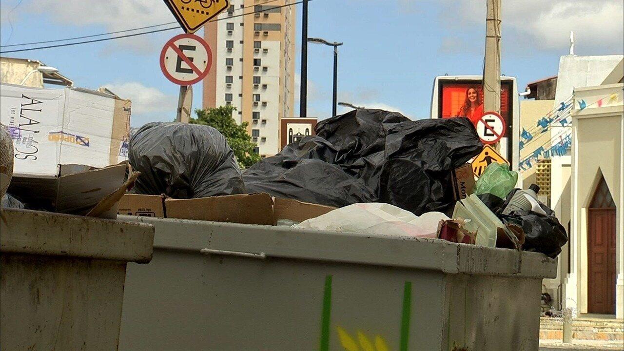Corpo de bebê é achado em lixo na Beira Mar de Fortaleza