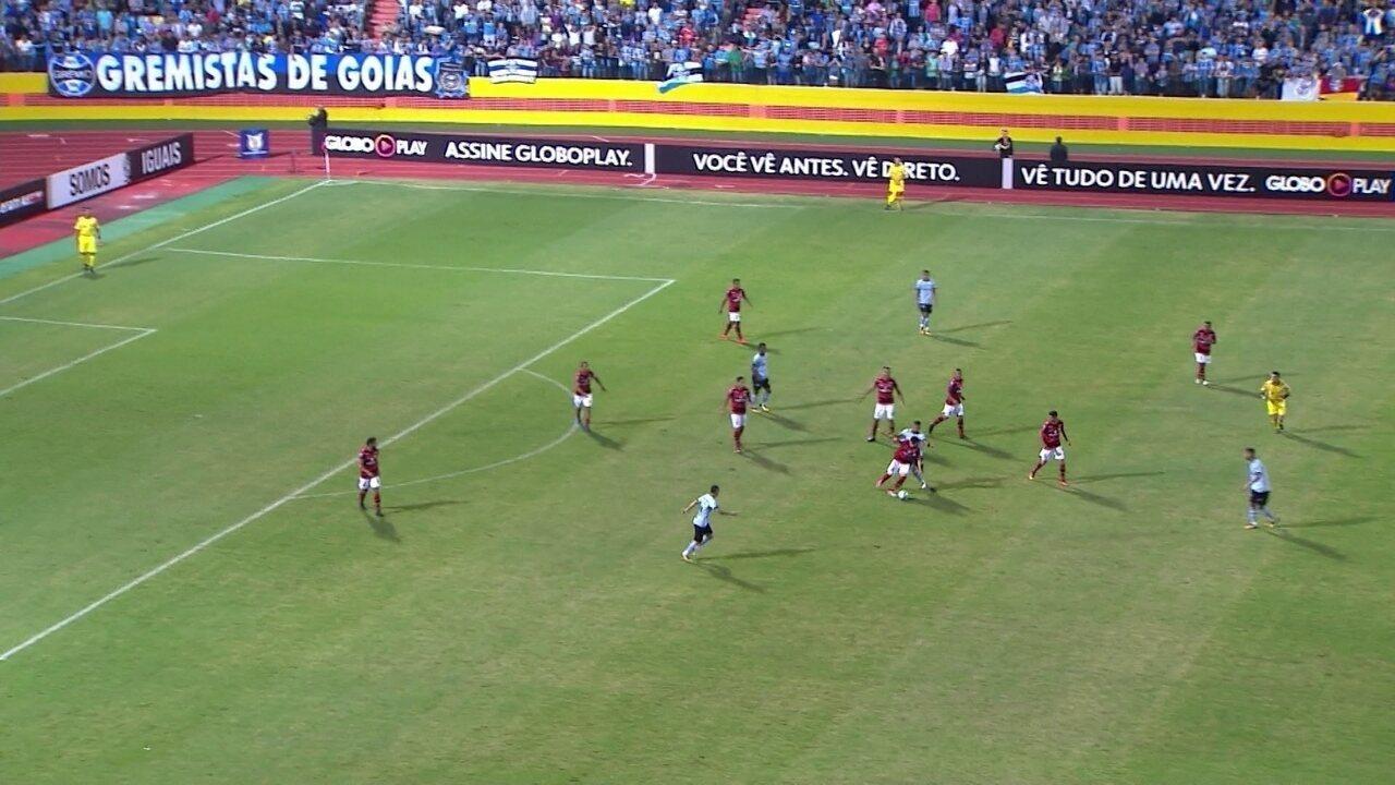 9bf92577a5 Melhores momentos  Atlético-GO 0 x 1 Grêmio pela 18º rodada do Campeonato  Brasileiro