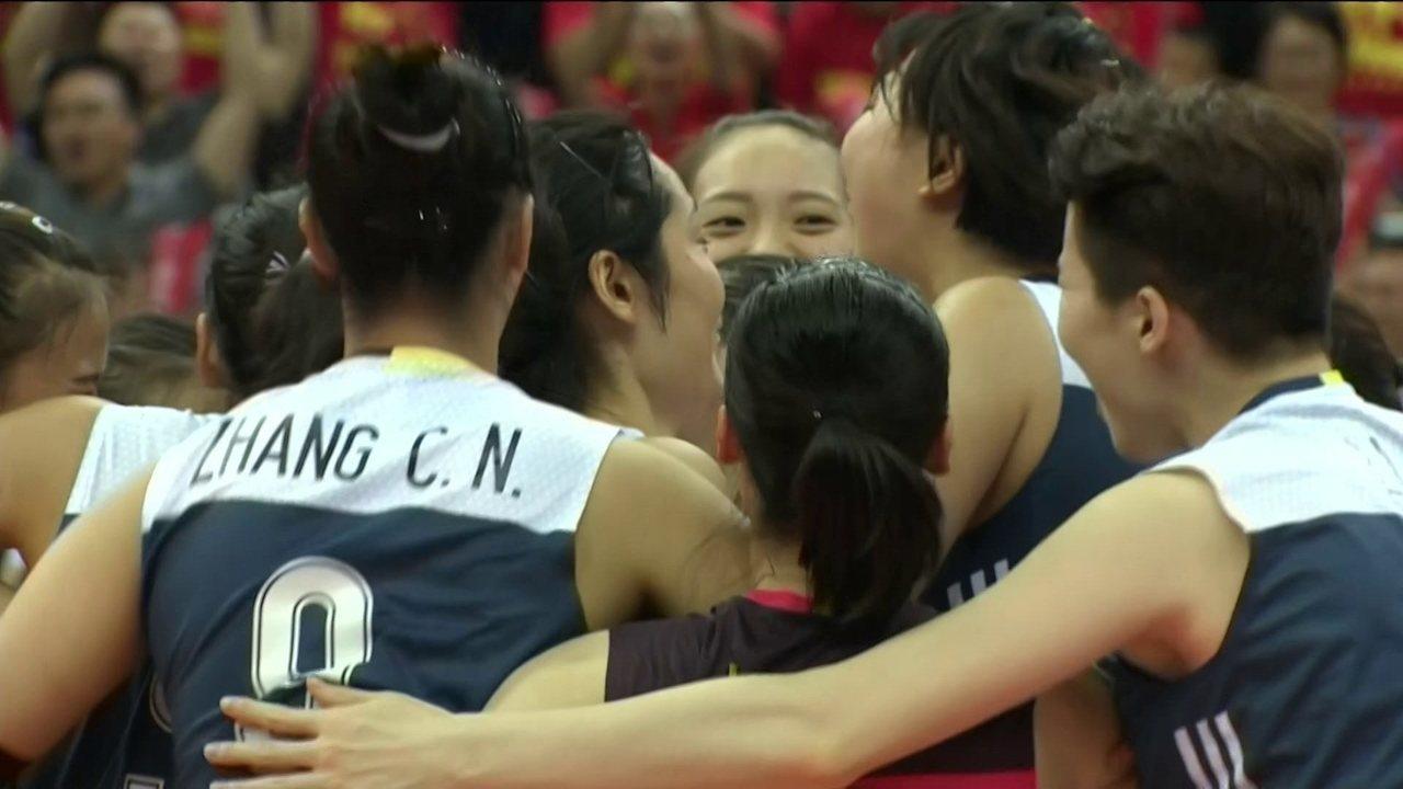 Melhores momentos de China 3 x 2 Holanda pelo Grand Prix de vôlei feminino