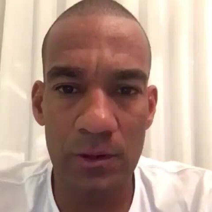 Rodrigo dá versão sobre empurrão em Milton Mendes
