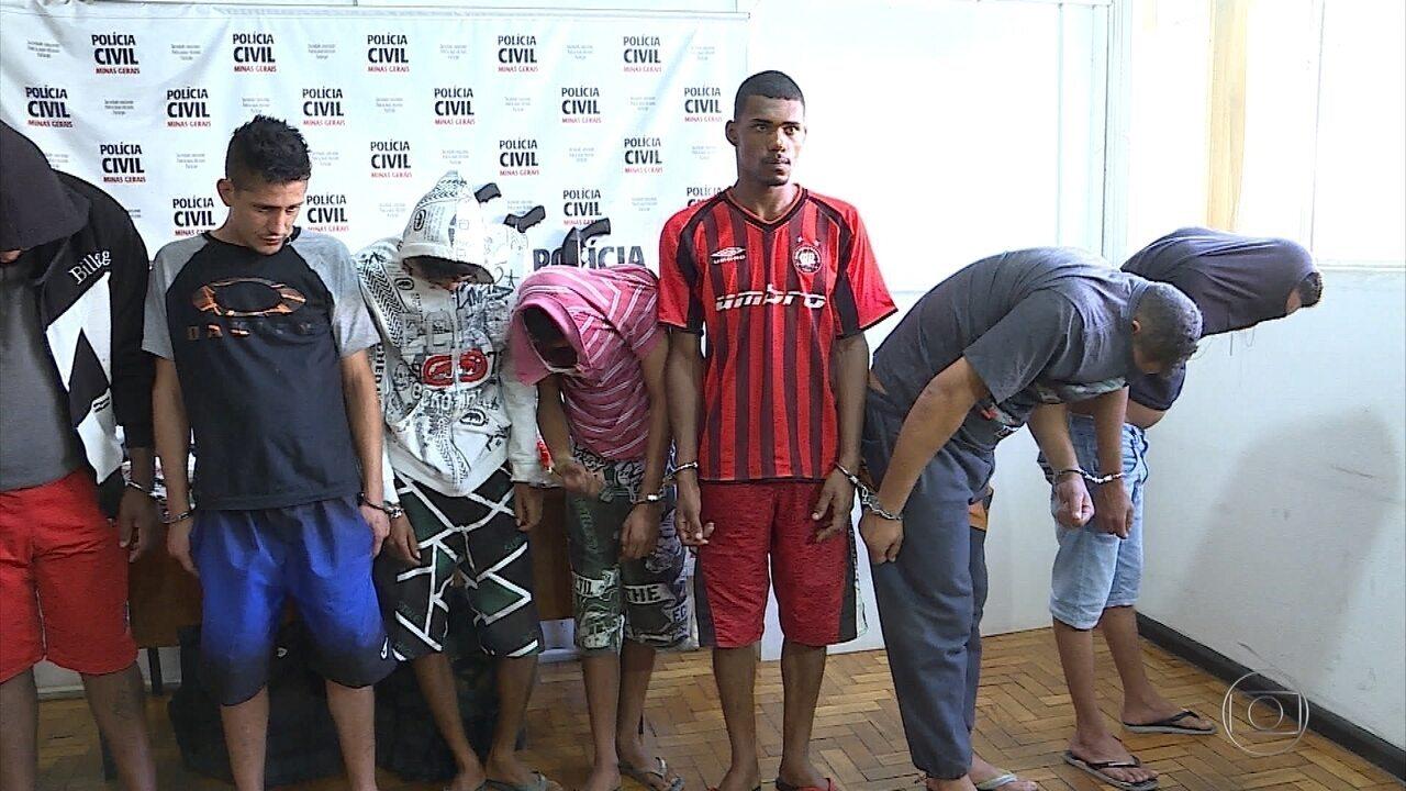 Oito são presos por suspeita de integrar quadrilha de tráfico em Ribeirão das Neves