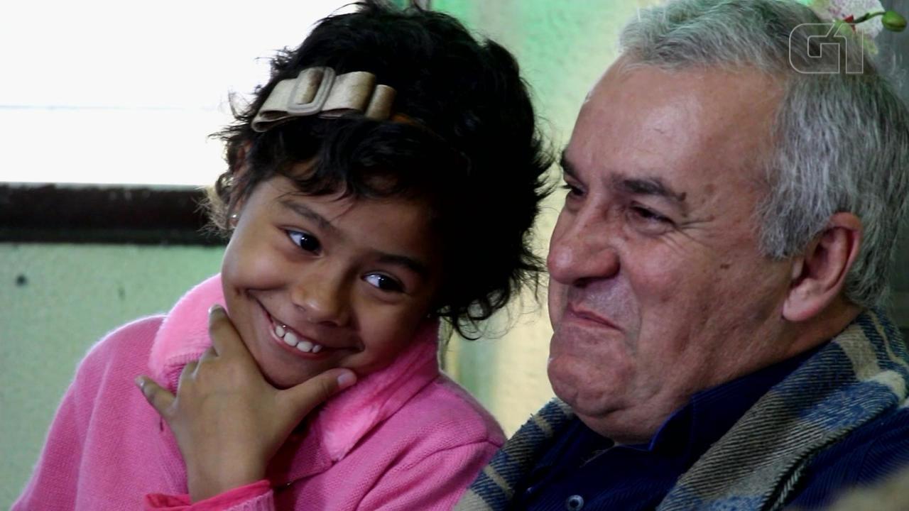 Pai deixa o emprego para cuidar da filha com câncer