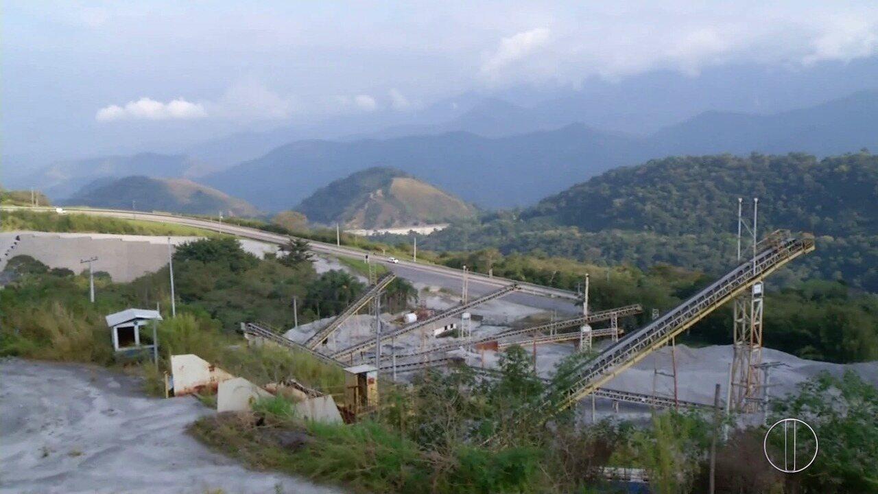 Obras da subida da Serra de Petrópolis foram paralisadas