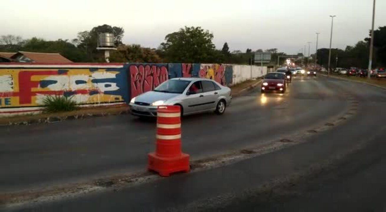 DER libera duas faixas da DF-079, sentido Brasília, às 18h desta quinta-feira