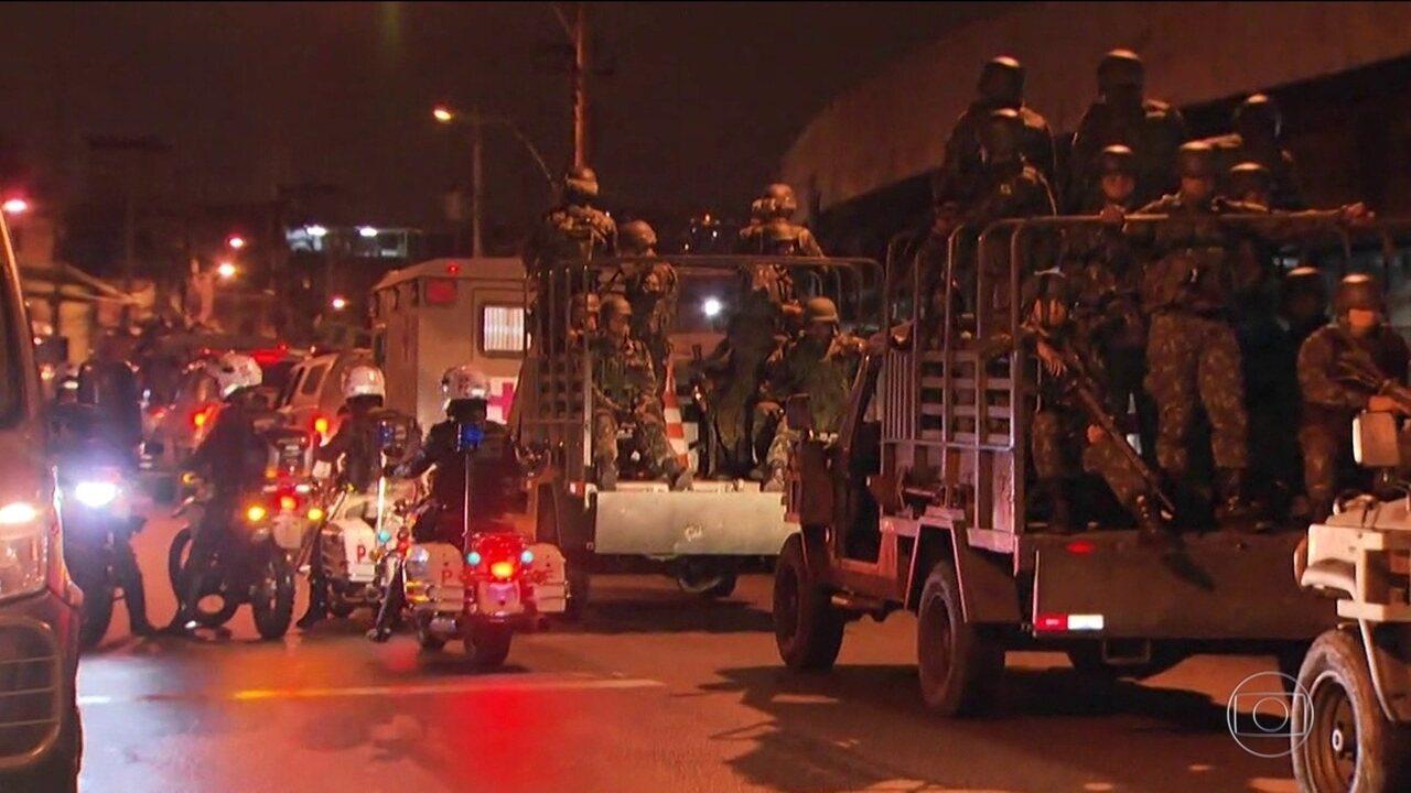 Forças Armadas e polícia fazem operação em sete favelas do Rio