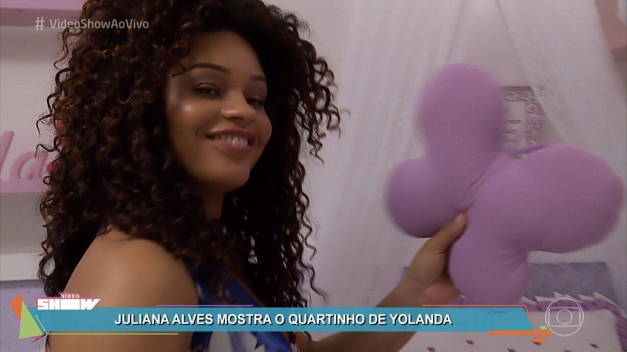 Juliana Alves organiza chá de bebê para a filha Yolanda
