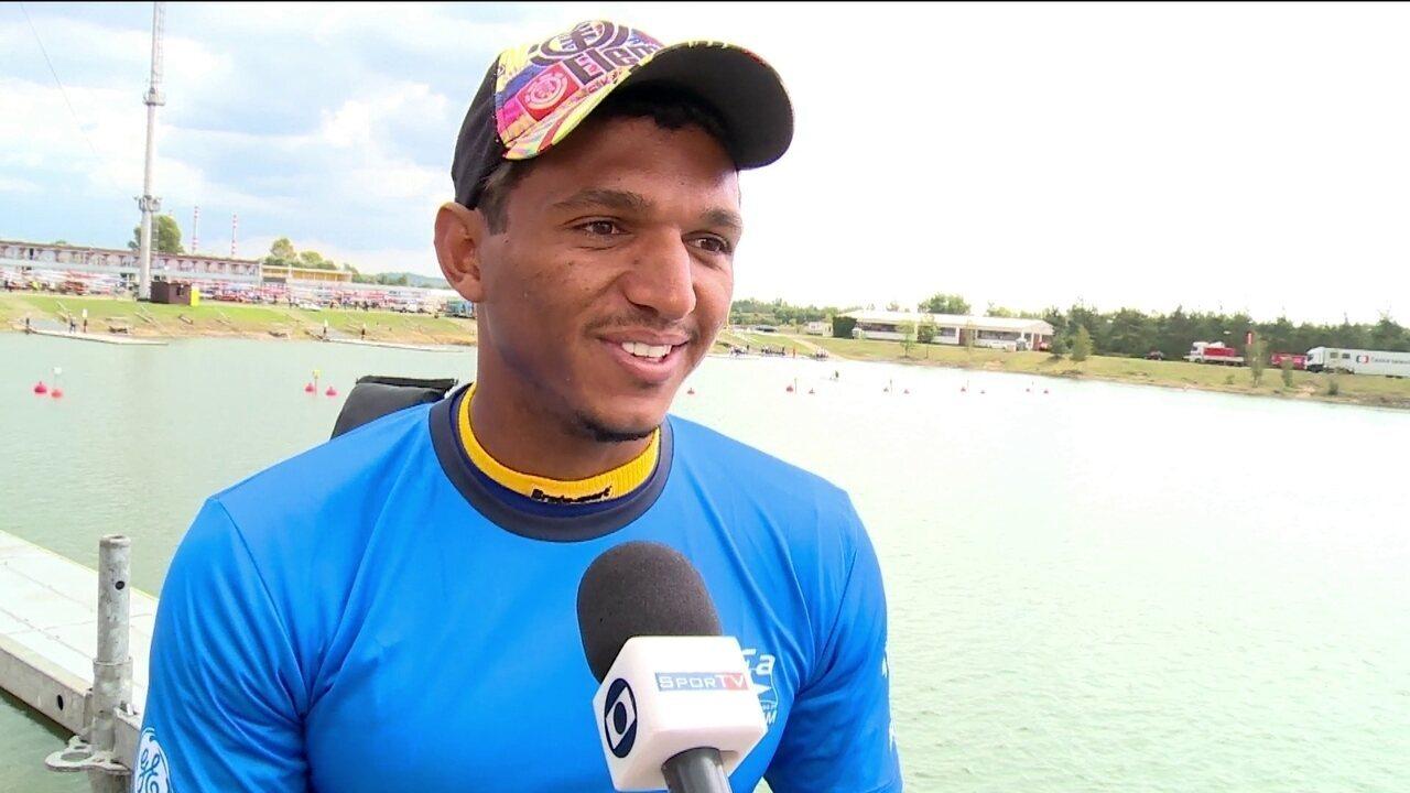 Um dos favoritos no Mundial de Canoagem, Isaquias Queiroz revela nome do filho