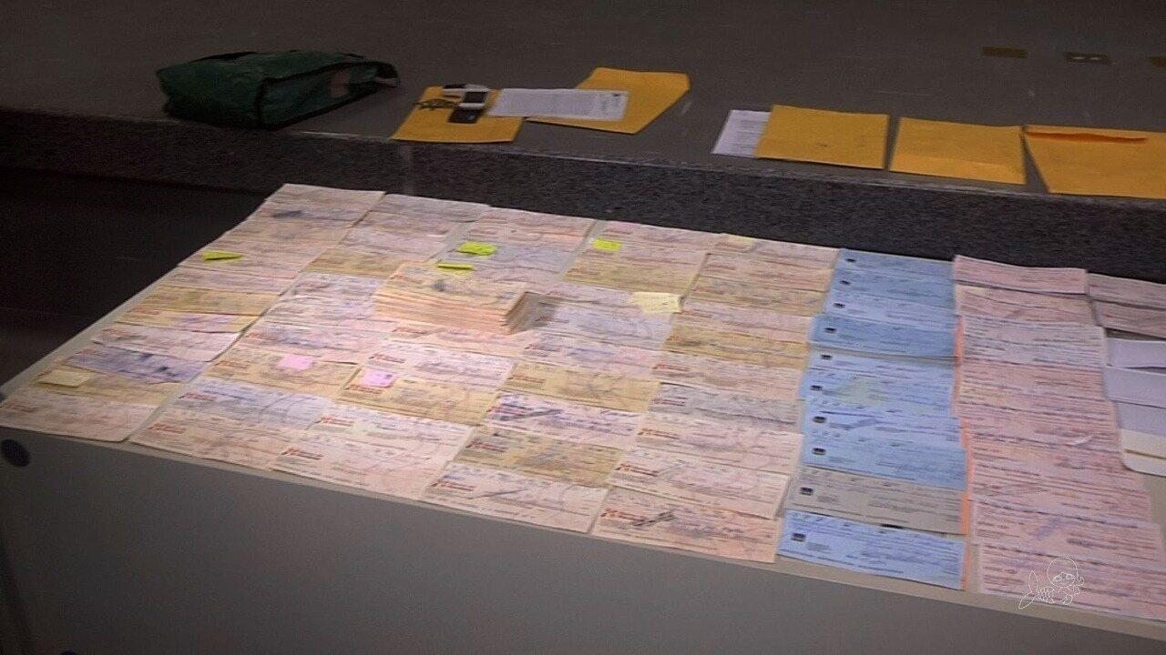 Resultado de imagem para Dois são presos no Ceará com mil folhas de cheques falsos; prejuízo é de R$ 2 milhões