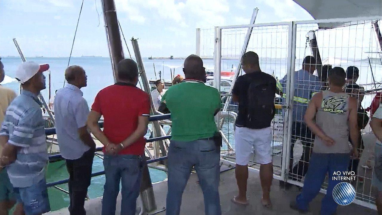 Embarcação com 130 pessoas naufraga na Baía de Todos os Santos
