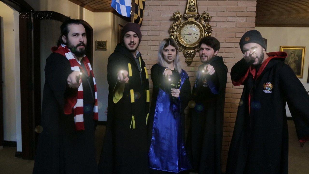Fãs de Harry Potter contam como é participar da Escola de Magia e Bruxaria do Brasil