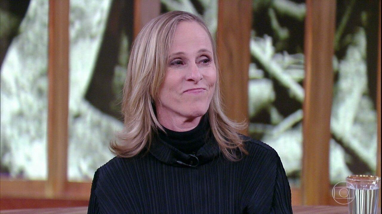 Deborah Colker se emociona ao revelar que 'Cão Sem Plumas' é uma homenagem a seu neto