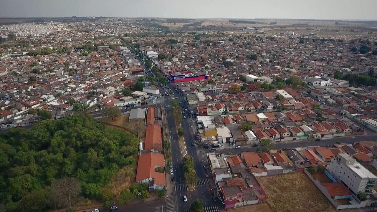 Mgtv 1º edição faz homenagem aos moradores de Uberlândia e mostra a cidade das alturas