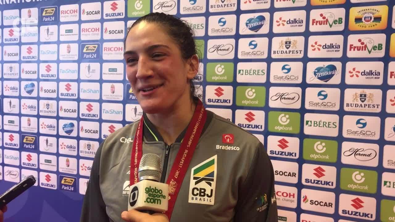 Mayra Aguiar comemora bicampeonato, comenta luta, feito e preparação para Mundial de Judô