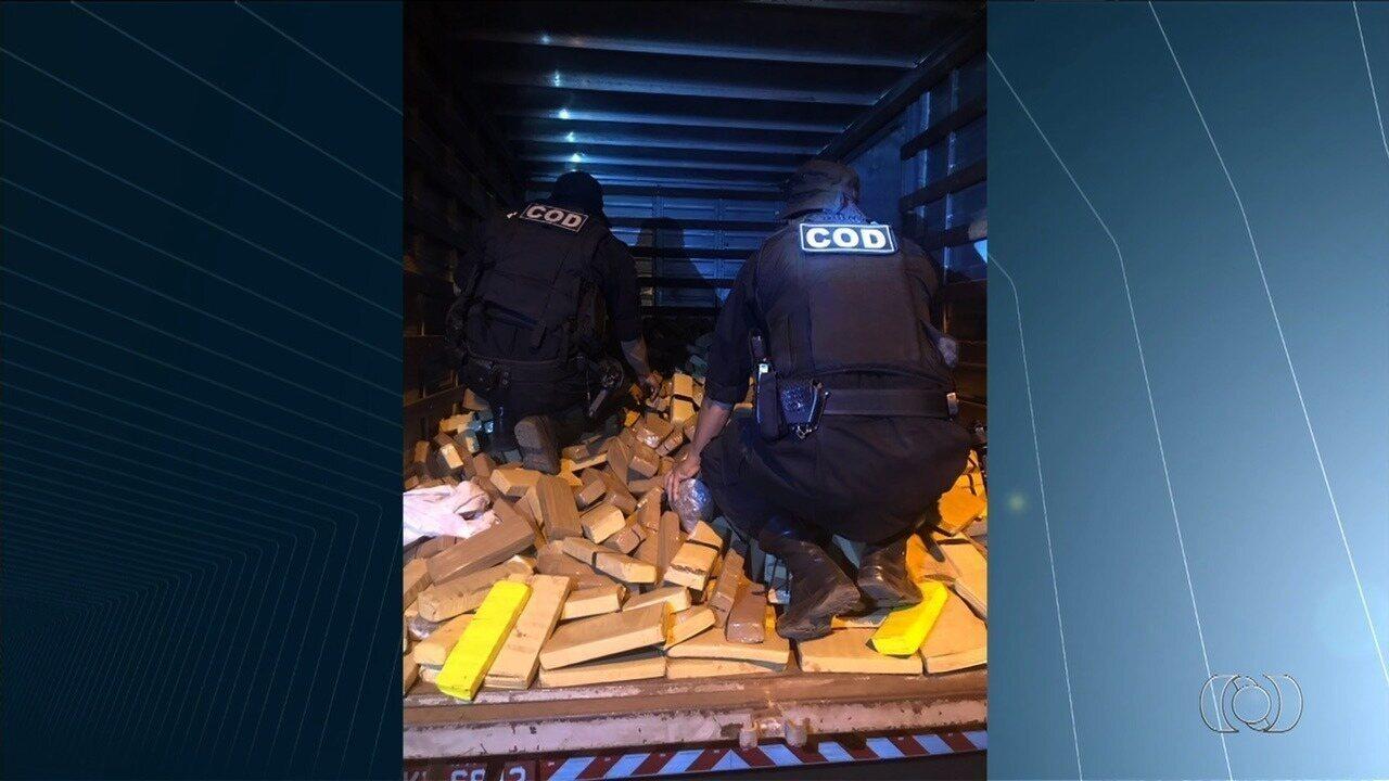 Operação das polícias Civil e Militar apreende 3 toneladas de droga em Perolândia