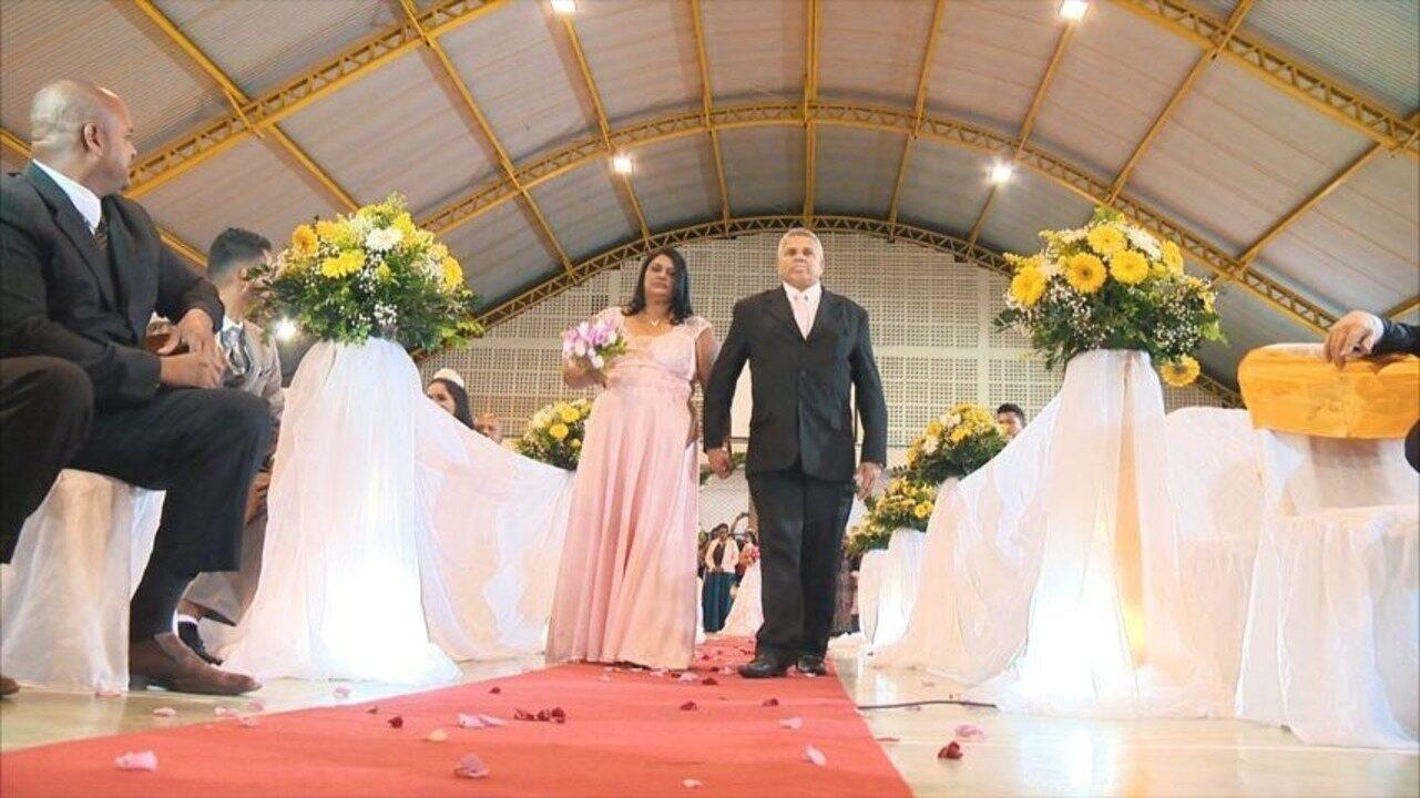 Em Movimento: Torre de batatas, casamento comunitário e redinha