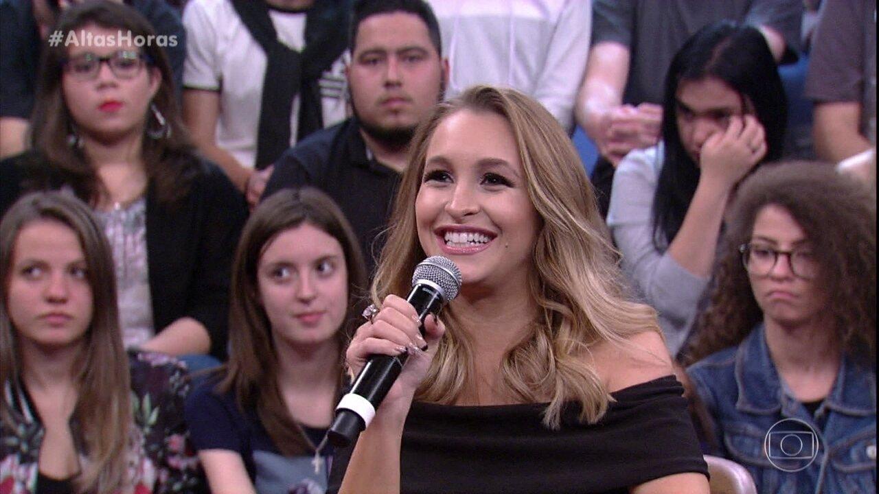 Carla Diaz diz se teve medo por fazer sucesso desde criança