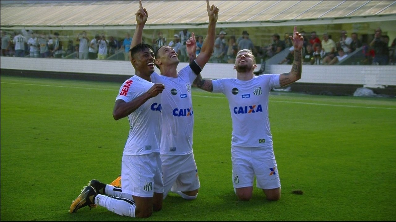 Gol do Santos! Ricardo Oliveira amplia aos 47' do 2º