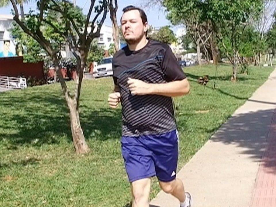 Homem perde 40 quilos com atividades físicas e alimentação regrada