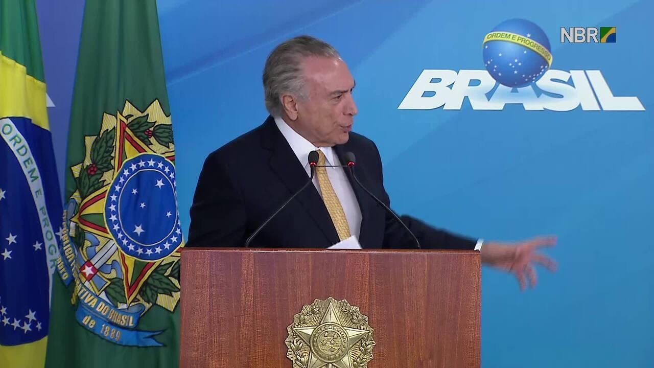 Em evento no Planalto, Temer discute pauta econômica com empresários e sindicalistas