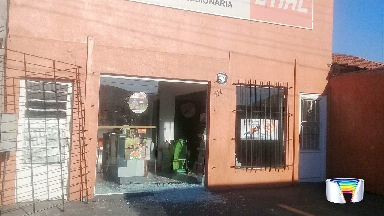 Loja de ferramentas foi furtada em São José