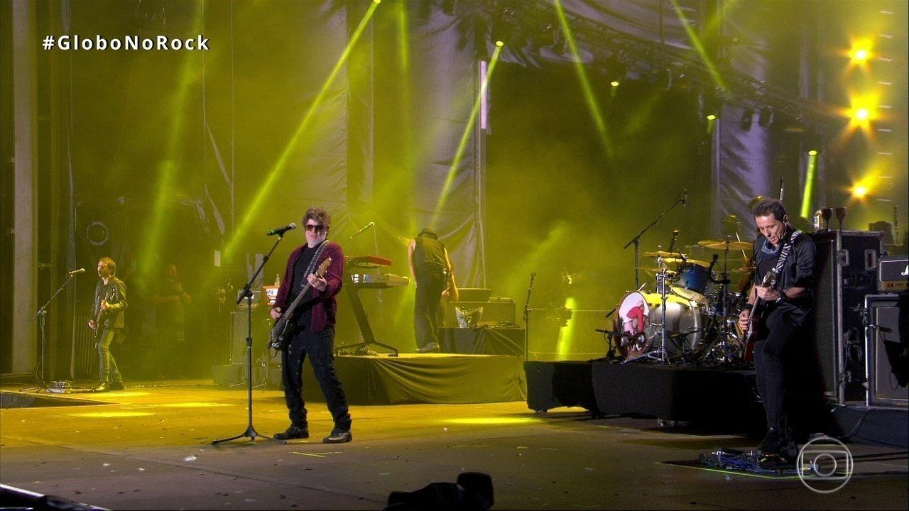 Titãs abre show no Rock in Rio com 'Lugar Nenhum'