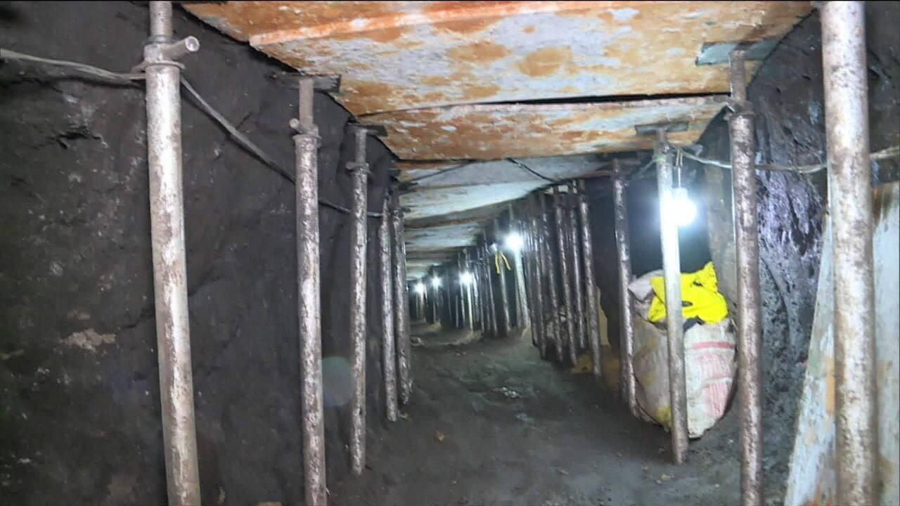 Polícia encontra túnel que leva a cofre de banco em SP
