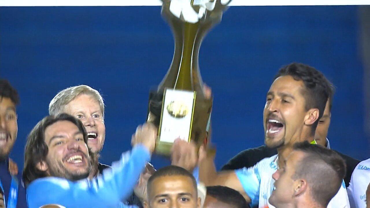 Confira a festa do Londrina no título da Copa da Primeira Liga