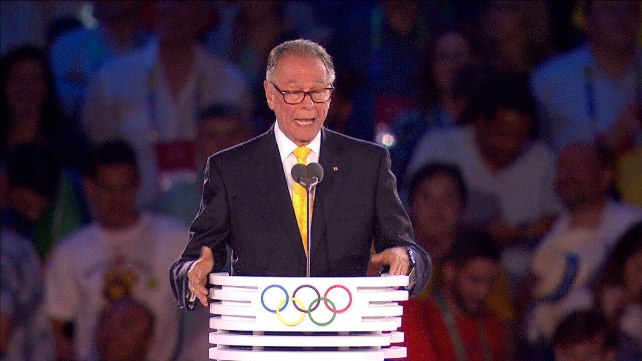 Ex-jogador de vôlei Carlos Nuzman, presidente do COB, é preso no Rio