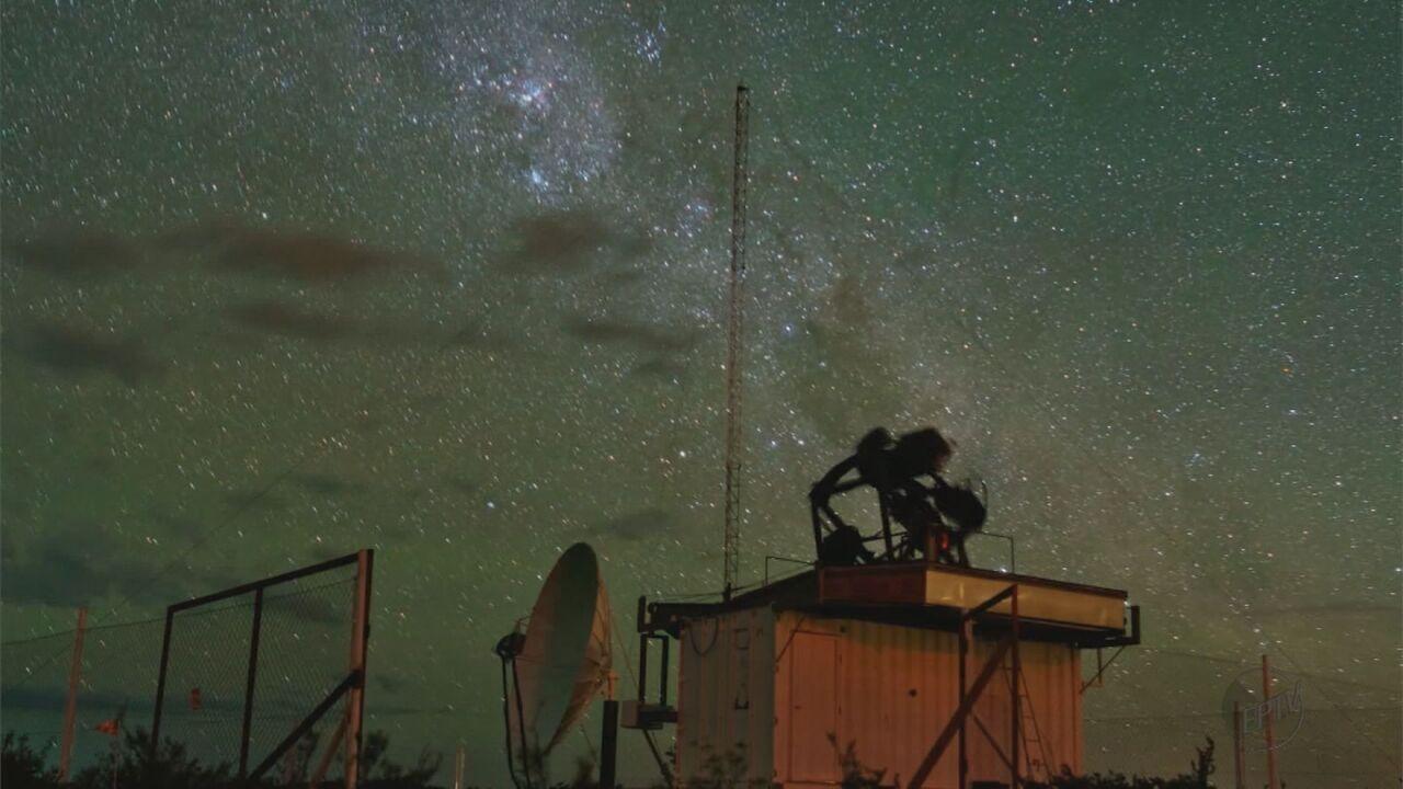Cientistas de São Carlos desenvolvem equipamento para desvendar origem dos raios cósmicos
