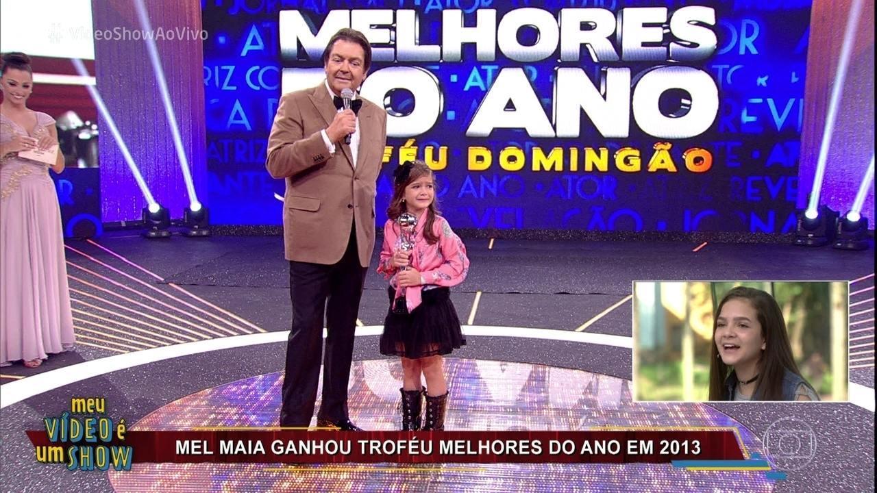 Mel Maia revê entrega do Troféu Melhores do Ano, em 2013