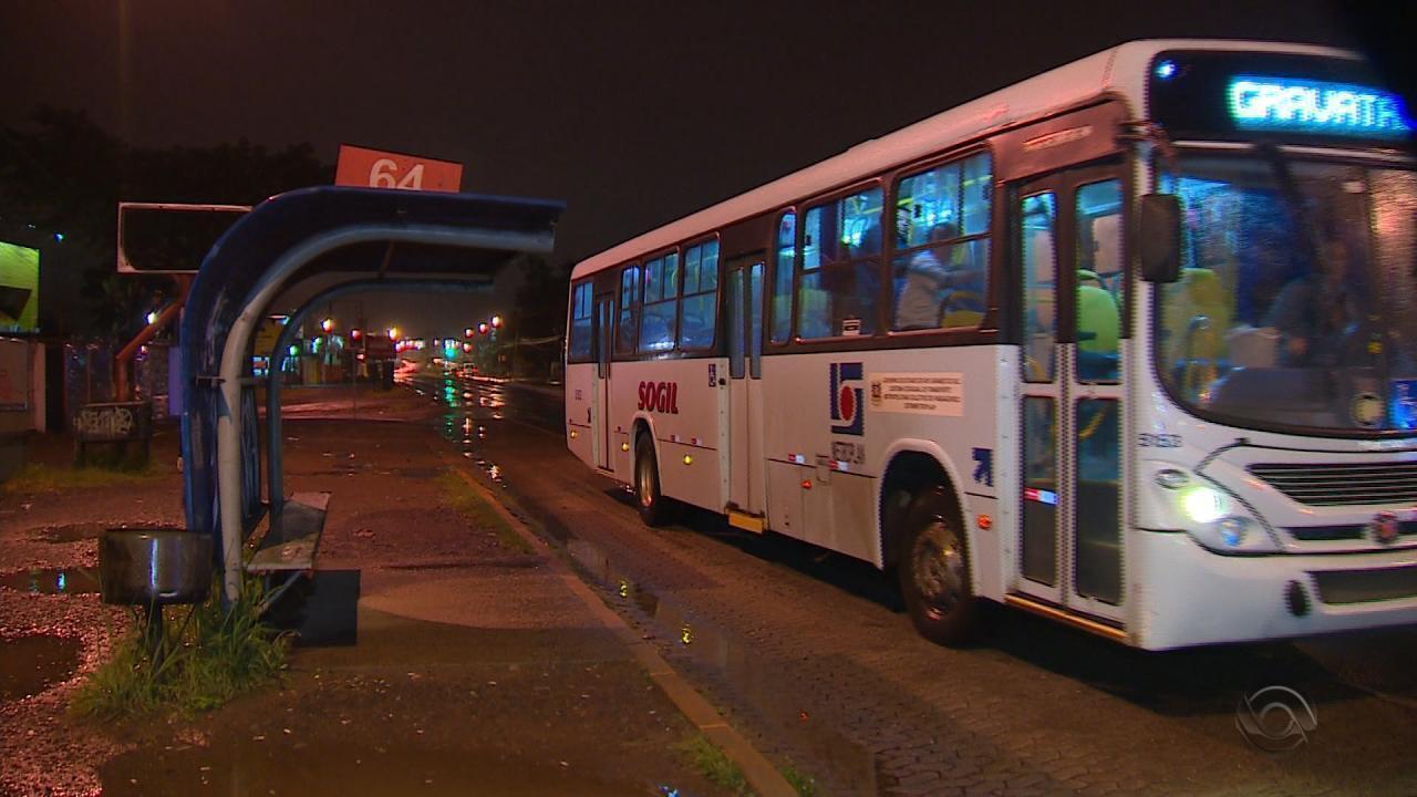 Estrangeiro é baleado na cabeça durante assalto a ônibus em Gravataí