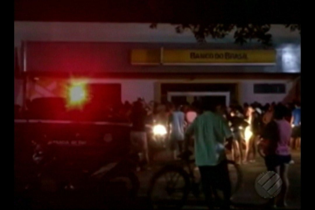 Bandidos assaltam agência bancária em Curuçá