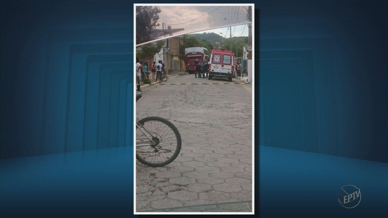 Criança de 4 anos morre atropelada por ônibus em bairro de Itajubá (MG)