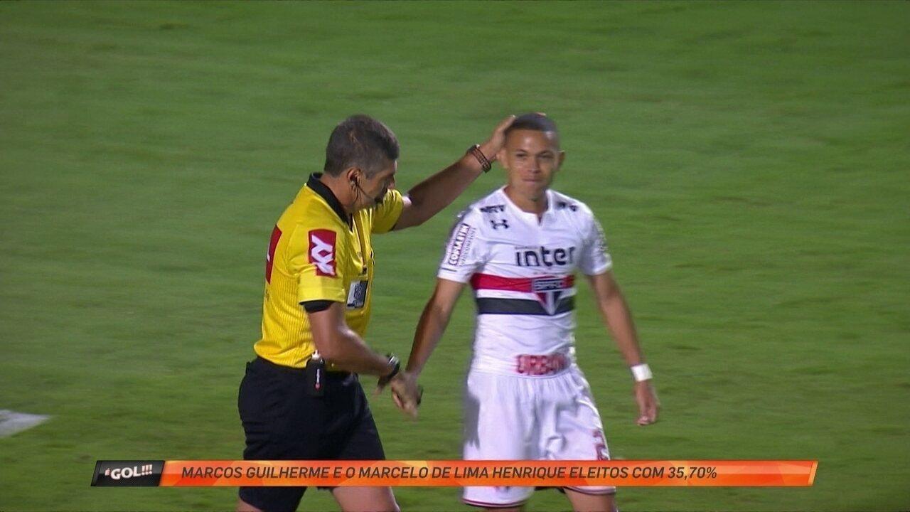 Marcos Guilherme tromba com árbitro e ambos são donos da