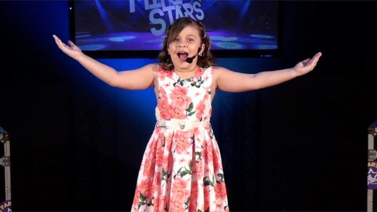 Apresentação de Clara Gifoni na terceira fase do Mini Stars