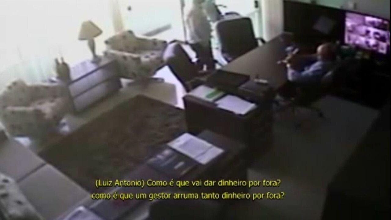Vídeo mostra prefeito interino de Bayeux, Luiz Antônio, em conversa sobre suposta propina