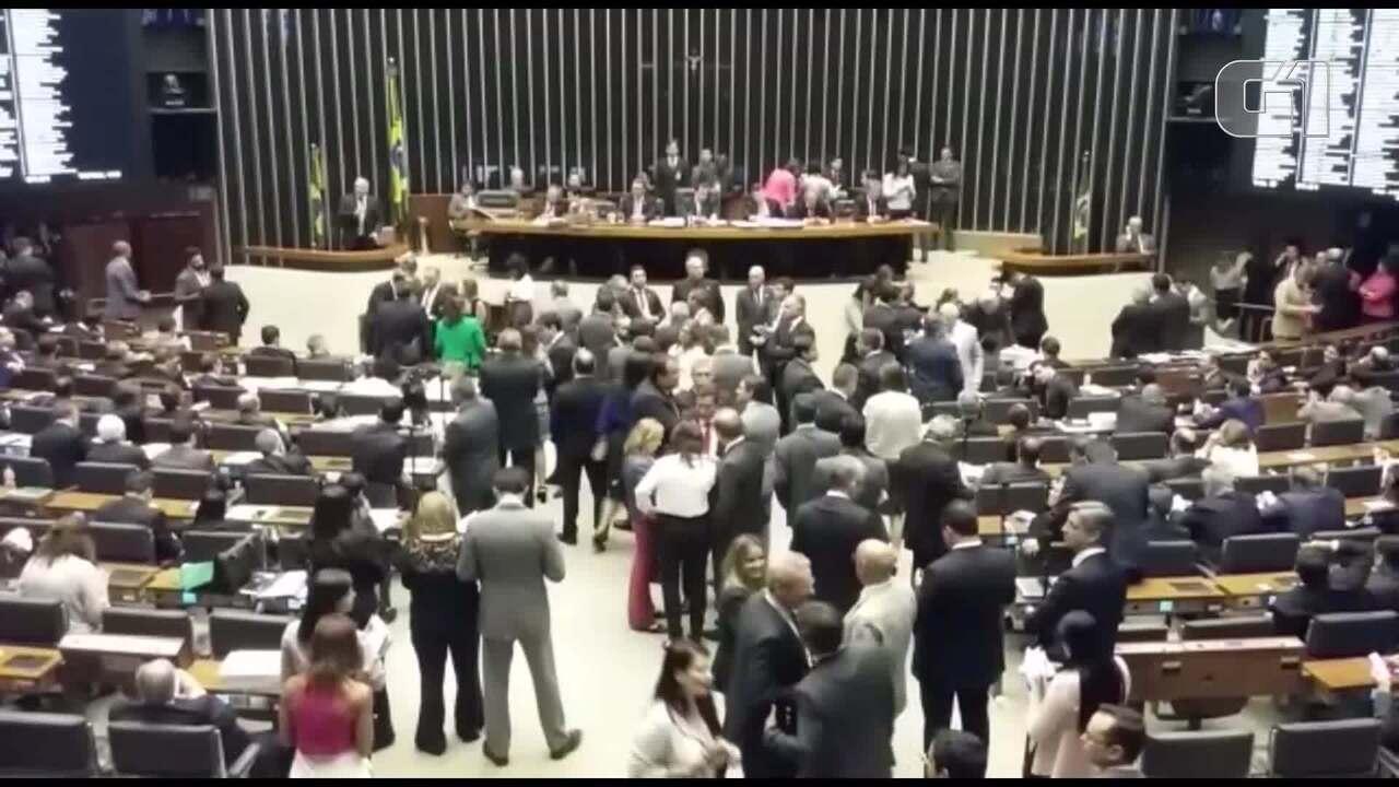 Bastidores da votação da segunda denúncia contra o presidente Michel Temer