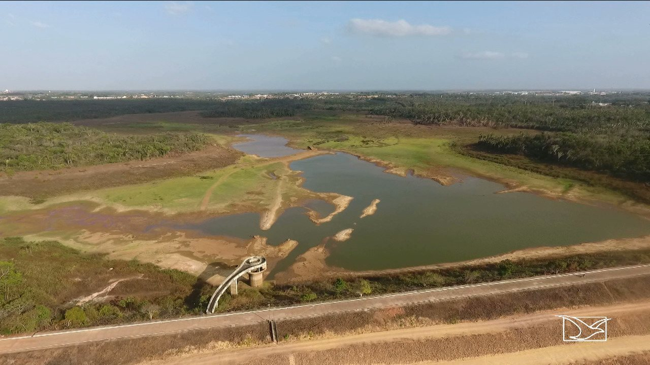 Moradores em São Luís reclamam de falta de abastecimento regular de água