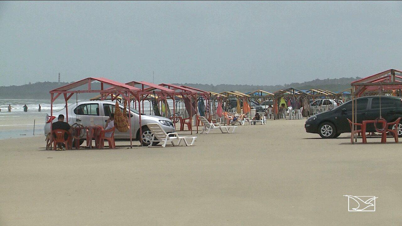 Justiça determina retirada de estabelecimentos na praia do Araçagy em São Luís.