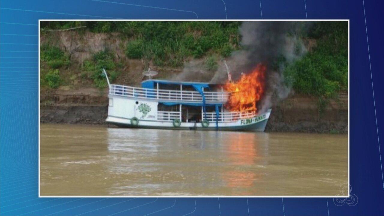 Barco do ICMBio é incendiado em novo ataque após depredação de prédios no AM