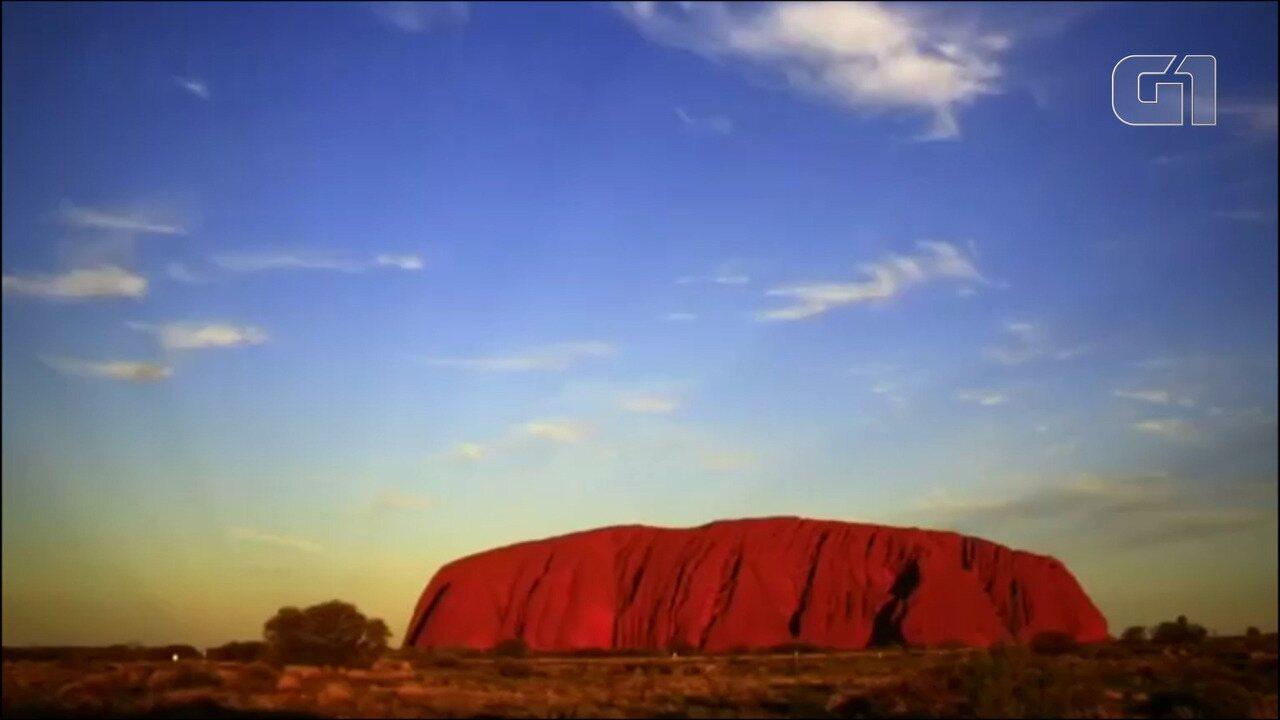 Famosa montanha do interior australiano, Uluru será fechada para escaladores