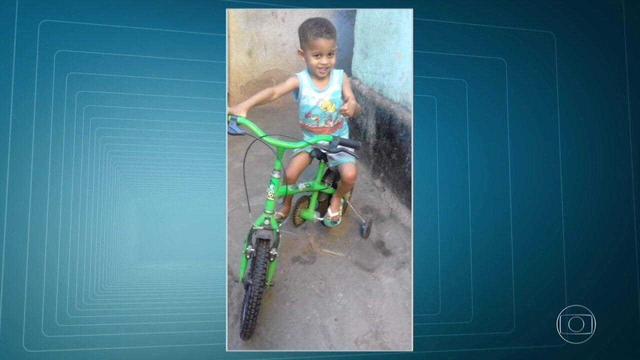 Menino baleado dentro de casa, em São João de Meriti, tem morte cerebral e pais doam órgãos