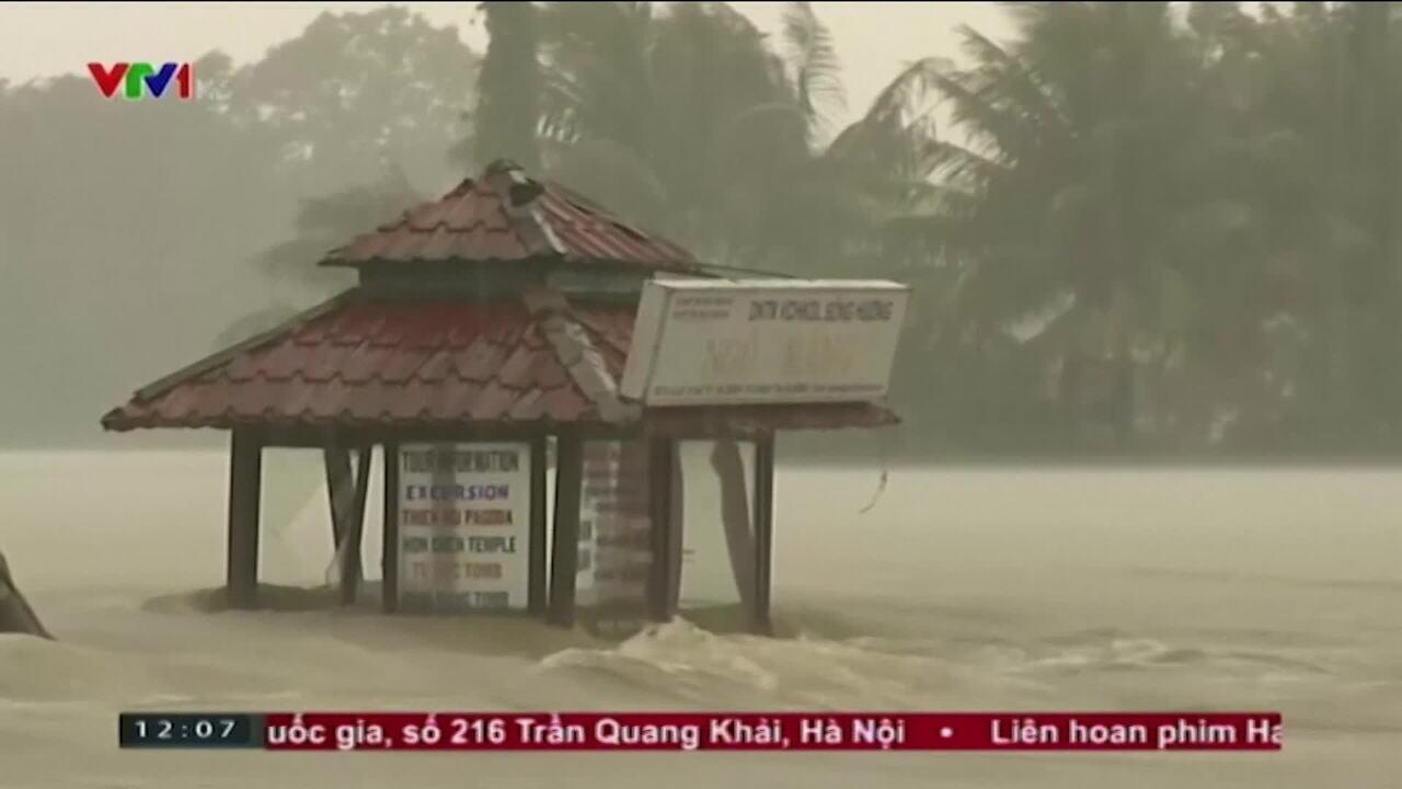 Passagem de tufão pelo centro e sul do Vietnã deixa mortos