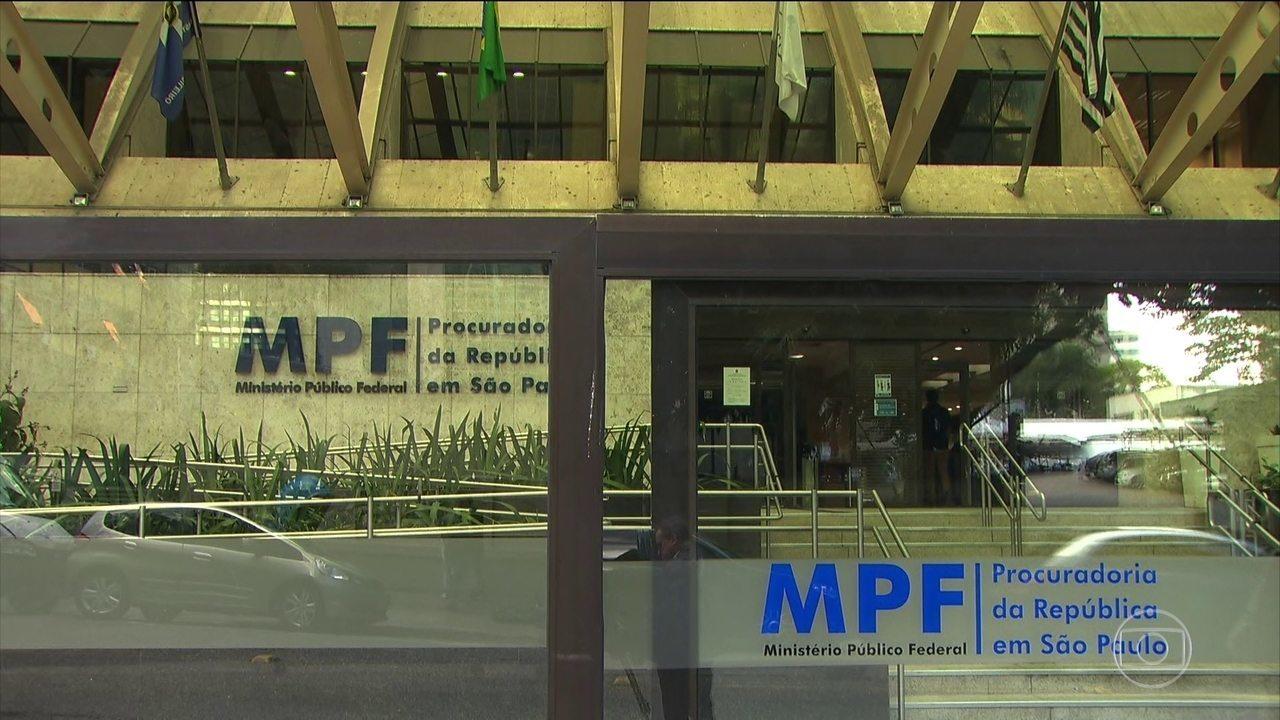 2f3f78cd389 MPF denuncia 32 pessoas suspeitas de usar verba da Lei Rouanet em festas