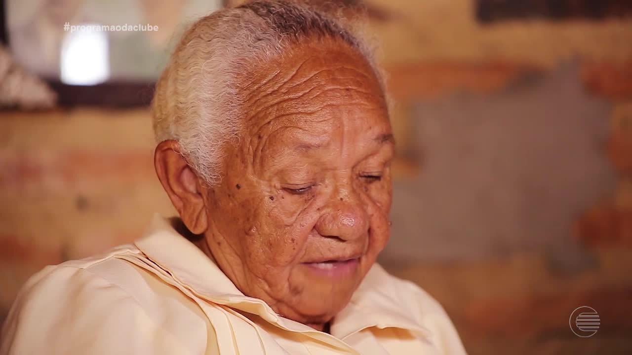 Aos 87 anos, dona Maria diz ter feito 470 partos