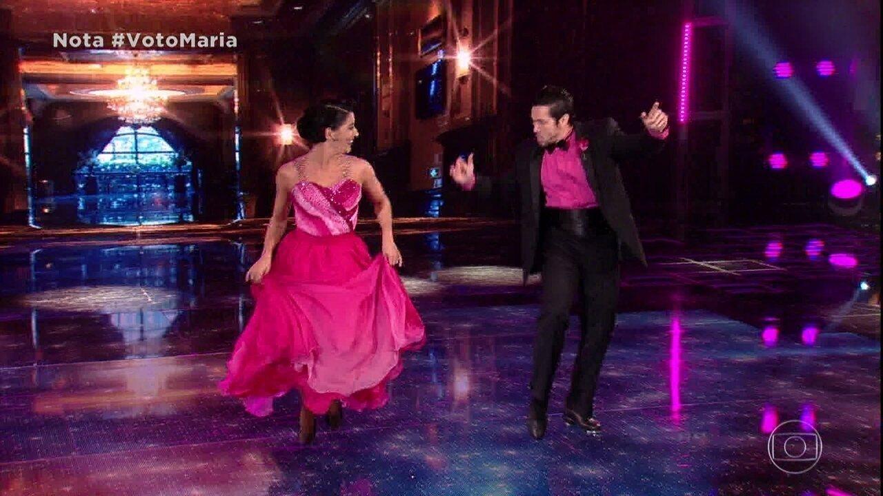 Maria Joana e Reginaldo são a quarta dupla a se apresentar em noite de foxtrote