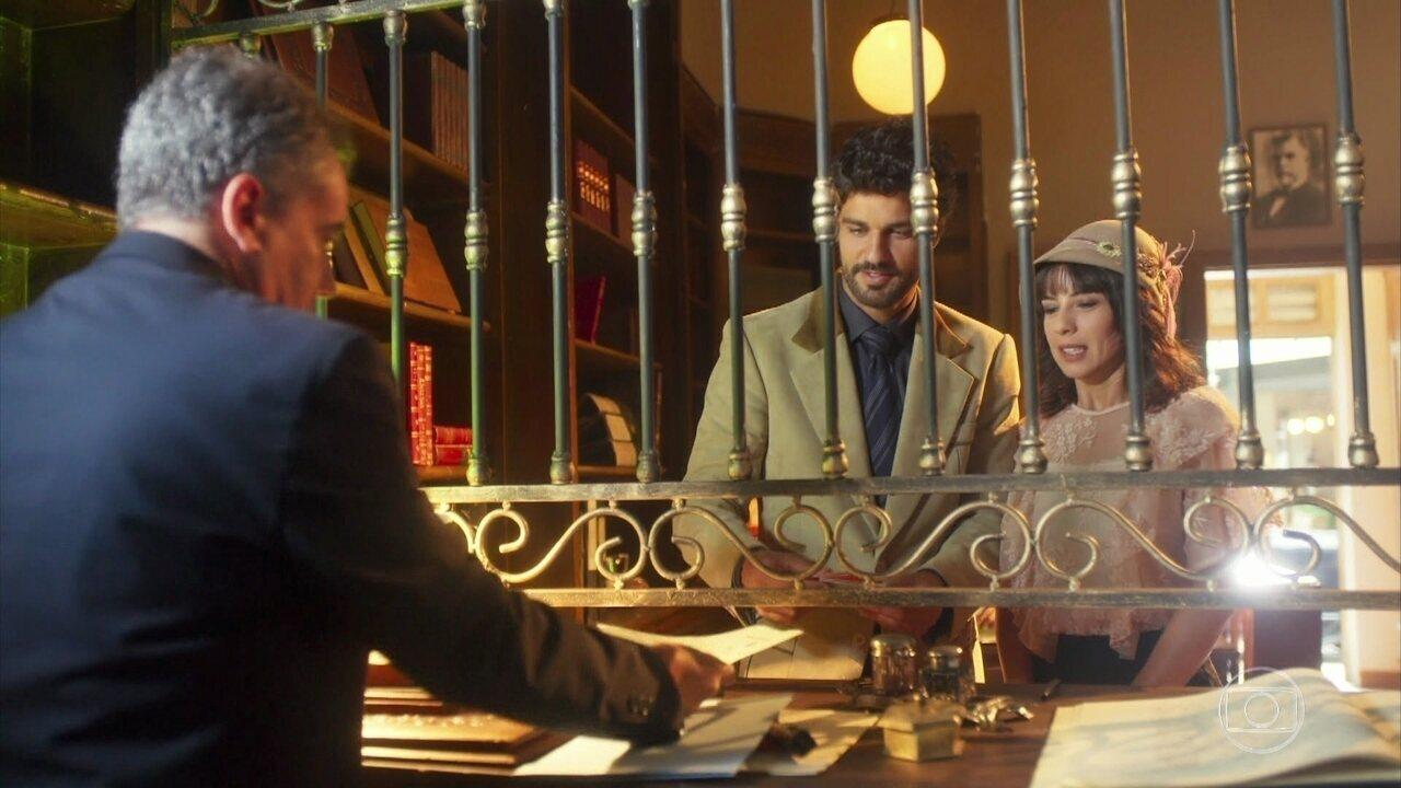 Inácio e Lucinda vão até o cartório para levar os documentos do casamento