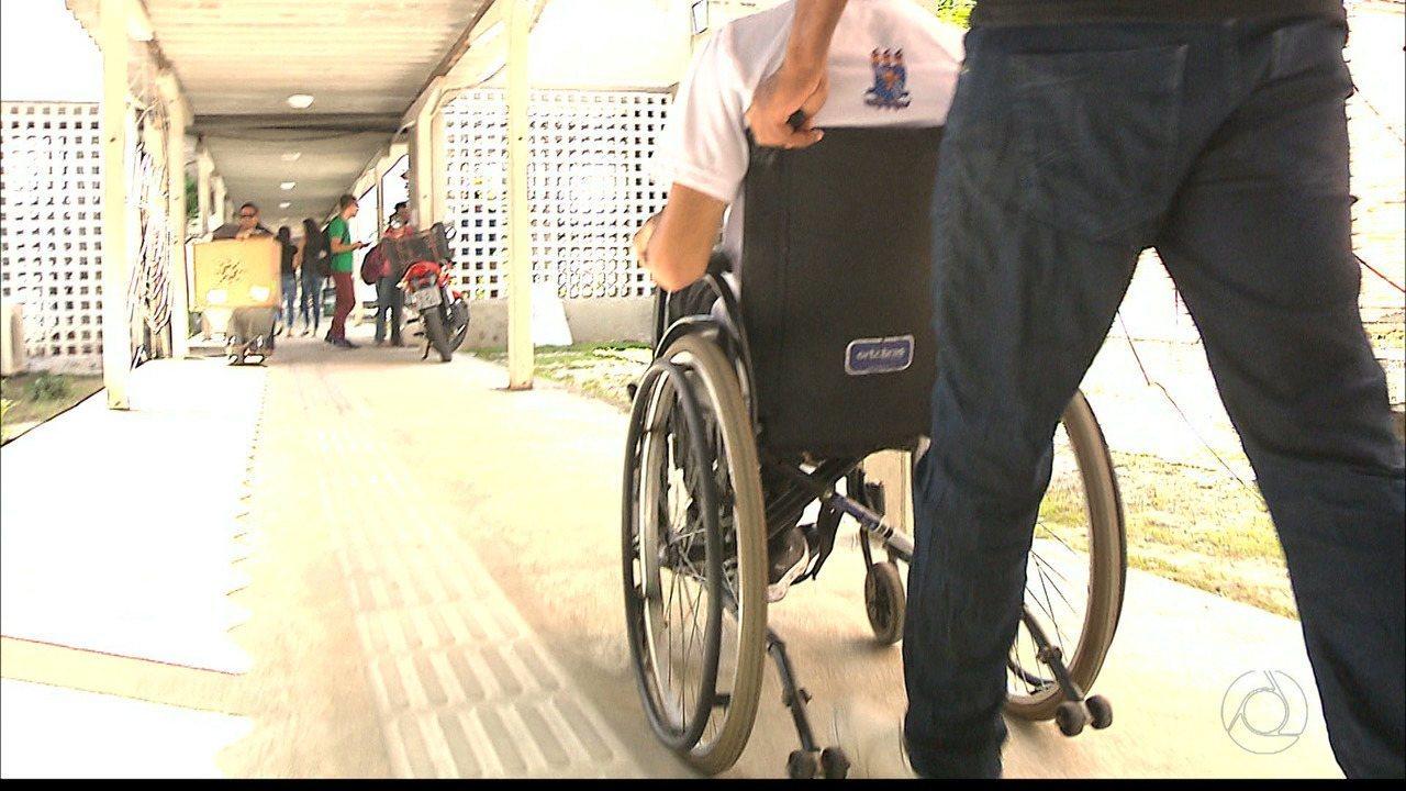 Resultado de imagem para Deficiente físico estudante da UFPB se acidenta no campus em João Pessoa