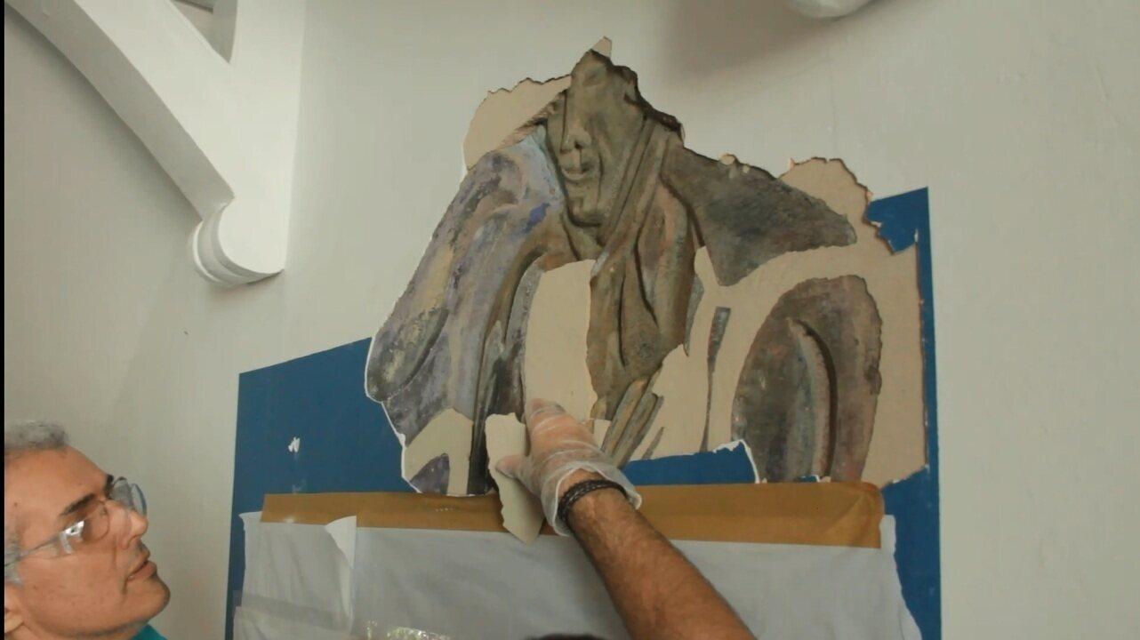 Estudantes encontraram imagem escondida em colégio tombado de Fortaleza