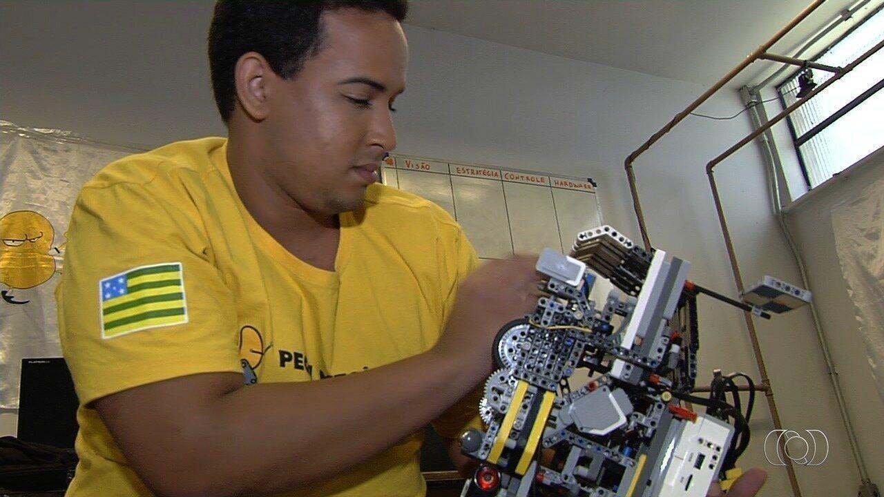 Alunos da UFG vencem categoria de torneio latino-americano de robótica